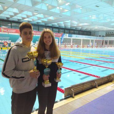 6 rekorda, pehar i 8 medalja u Zagrebu